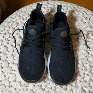 Women's Nike presto